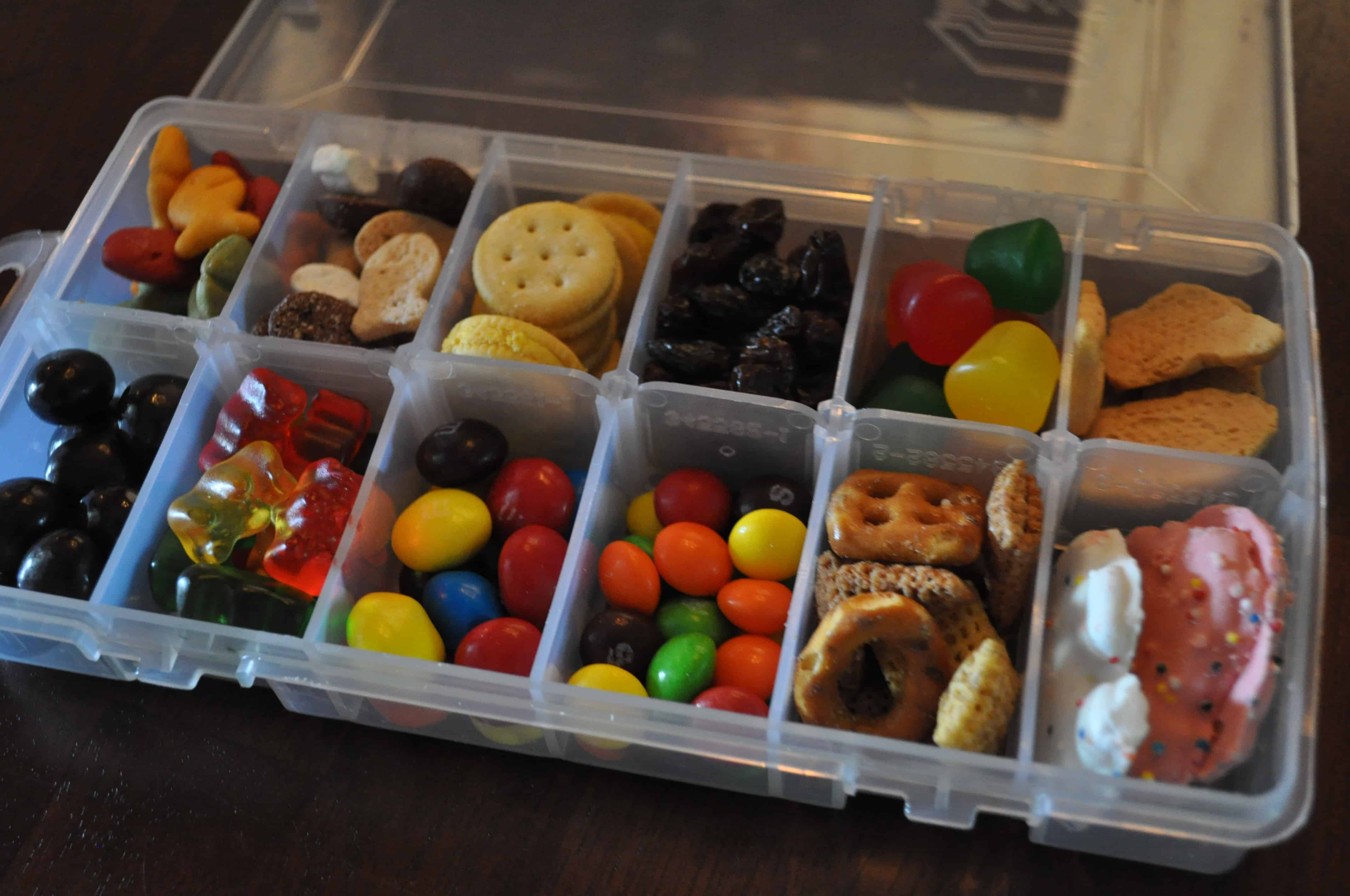 how to pack food for a road trip