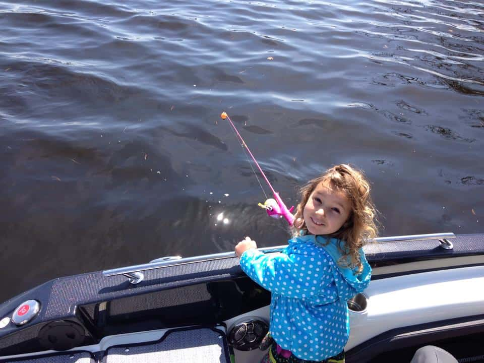 Stella fishing